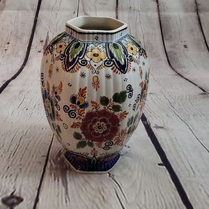 Delfts Pottery Jar made in Holland